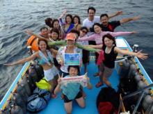 石垣島でマンタと美女に包まれて記念ダイビング!